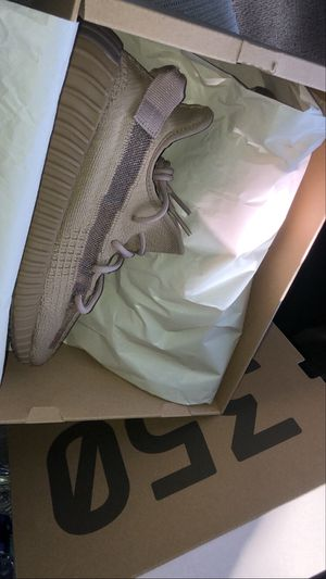Yeezy Boost 350 V2 'Earth' Size 9men for Sale in Oakland, CA