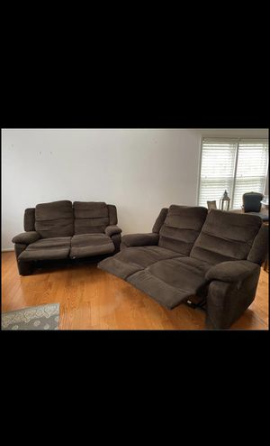 Reclining couch/sofa for Sale in MONTGOMRY VLG, MD