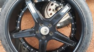 Rims 22 inch 5 lugs for Sale in Midland, TX