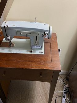 Antique Sears Kenmore Sewing Machine for Sale in Germantown,  MD