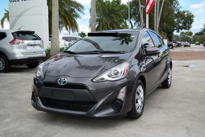 Toyota Prius C 2015 for Sale in Miami, FL