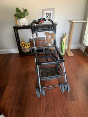 Car seat stroller for Sale in Reedley, CA
