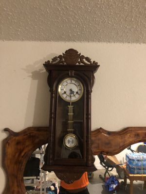 Antique clock for Sale in Keller, TX