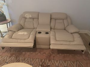 Electric recliner leather couch for Sale in Orlando, FL