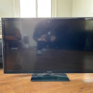 "Panasonic Viera 42"" HDTV for Sale in Los Angeles, CA"