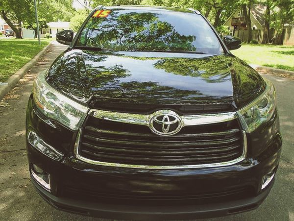 ForSaleByOwner2O15 Toyota Highlander PriceFIRM$18OO