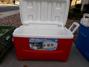 Island Breeze 48 quart cooler for Sale in Chandler, AZ