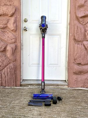 Dyson V6 Trigger+ Handheld Vacuum Cleaner w/ all attachments for Sale in El Cajon, CA