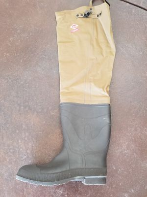 Fishing waders red ball insulated size 12 for Sale in Denver, CO