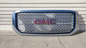 2015 GMC Yukon Denali grille for Sale in Fullerton, CA