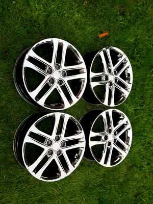 Kia 18 Inch Chrome Wheels Rims OEM for Sale in Covington, WA