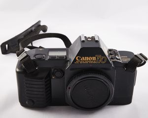 Canon T70 35mm Film Camera Canon 50mm f/1.8 Lens ORIGINAL BOX & MANUAL for Sale in Daytona Beach, FL