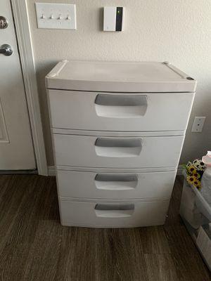 Plastic storage bin, 4 drawers for Sale in Spring Valley, NV