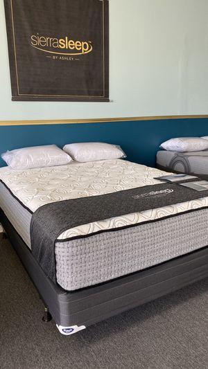 NEW Queen 15'' Plush Mattress Ashley Sierra Sleep Foam for Sale in Irving, TX