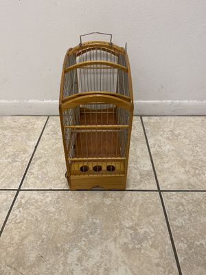 Bird cage jaula for Sale in Hialeah, FL