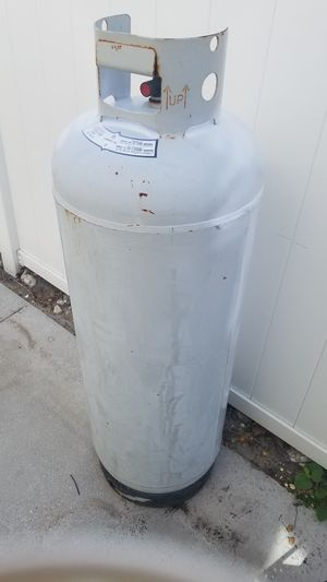 Propane tank 100 pounds great for camper for Sale in Port Richey, FL
