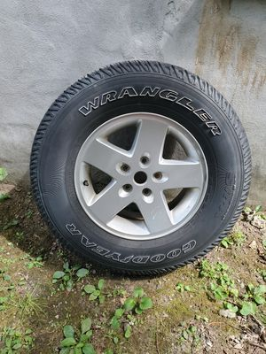 Jeep Goodyear tire & wheel for Sale in Boston, MA