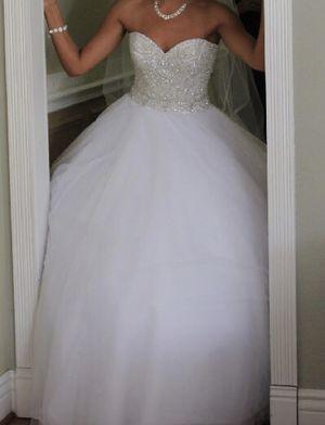Strapless designer wedding dress for Sale in Alta Loma, CA