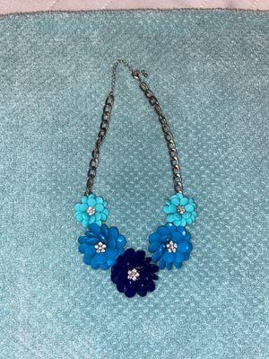 Flower necklace for Sale in Las Vegas, NV