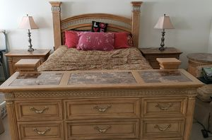 10 piece Pine Queen size Bedroom set / sitting area for Sale in Baltimore, MD