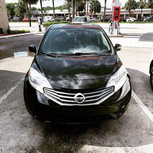 2014 nissan versa note sv for Sale in Miami, FL