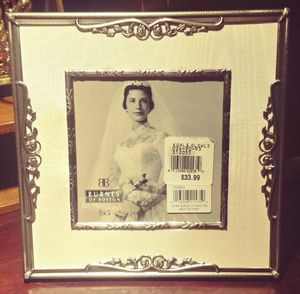 Burns of Boston Victorian Style Photo Frame for Sale in Snohomish, WA