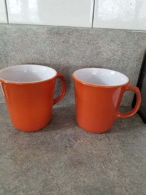 Pyrex Mugs, Cinnamon Brown set of 2 for Sale in Hopatcong, NJ