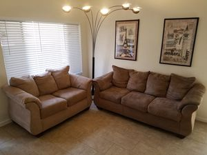 Matching couch and loveseat for Sale in Mesa, AZ