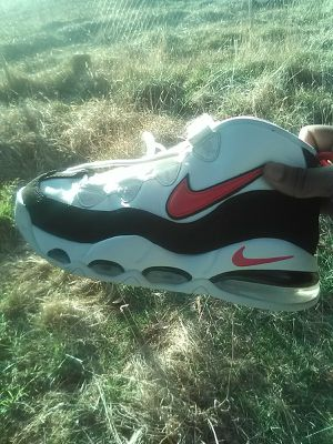 SIZE 8 NIKE MEN'S UPTEMPO 95 for Sale in Washington, DC