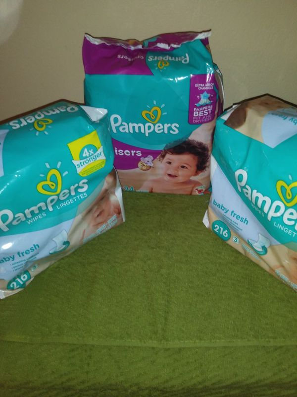 1 size 4 Pampers and 2 diaper wipes 216