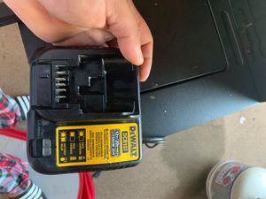 Dewalt 12/20v charger for Sale in Modesto, CA