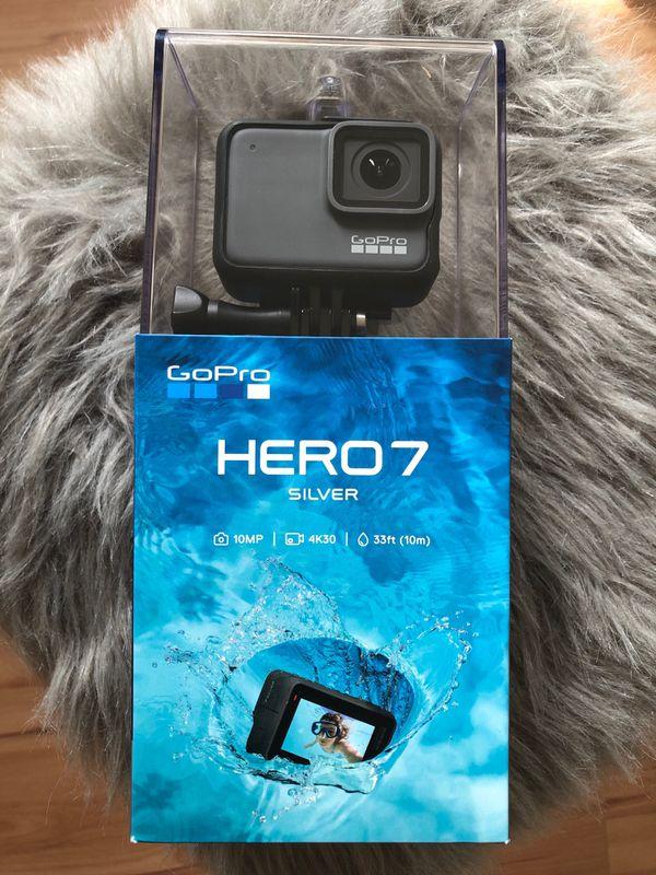 GoPro Hero 7 Silver new