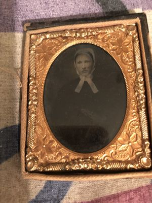 ANTIQUE OLD DAGUERREOTYPE PHOTO OF CREPPY LOOKING WOMAN for Sale for sale  The Bronx, NY