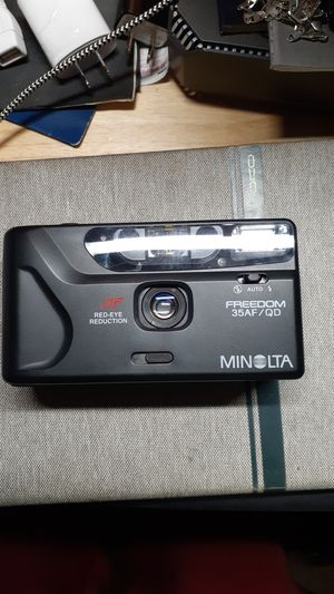 Minolta freedom 35 AF/QD for Sale in Los Angeles, CA