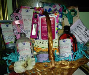 Mother's Day Basket for Sale in Detroit, MI