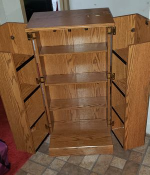 Small storage cabinet with shelves for Sale in Pompano Beach, FL