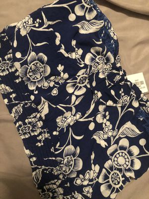 Woman's blouse for Sale in Baytown, TX