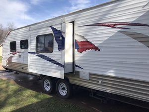 2013 trailer camper 27 foot W/bunks for Sale in Garland, TX