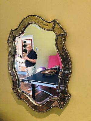 Nice Wall Mirror for Sale in Freehold, NJ