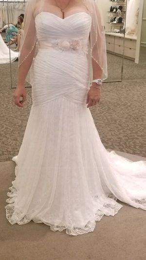 Size 14 wedding dress for Sale in Phoenix, AZ