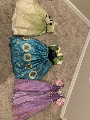 Princess tiara, Anna & rapunzul for Sale in Riverview, FL