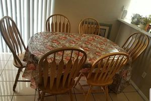 Wooden Dining Table for Sale in Buckeye, AZ