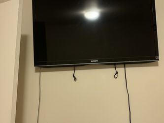 """Sony 42"""" LED EX440 HDTV for Sale in Tacoma,  WA"""