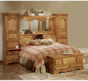 Country Heirloom Solid Wood King Bed for Sale in Saint Charles, MD