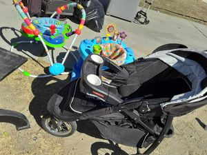 Baby stroller and bouncers for Sale in Fontana, CA