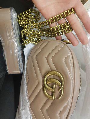 Messenger luxury bag for Sale in Hialeah, FL
