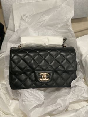 Chanel Mini Rectangular Black 21P GHW for Sale in Irvine, CA