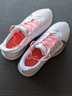 Nike Running Shoe (Female) 100% NEW $20 for Sale in Pittsburgh,  PA