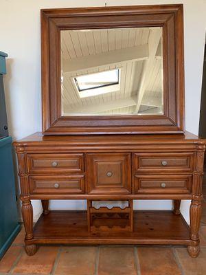 Hutch and Mirror for Sale in Newport Beach, CA
