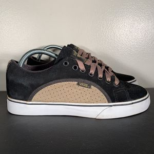 RARE Vans Rowley Specials Chunky Skateboard Shoes for Sale in Philadelphia, PA